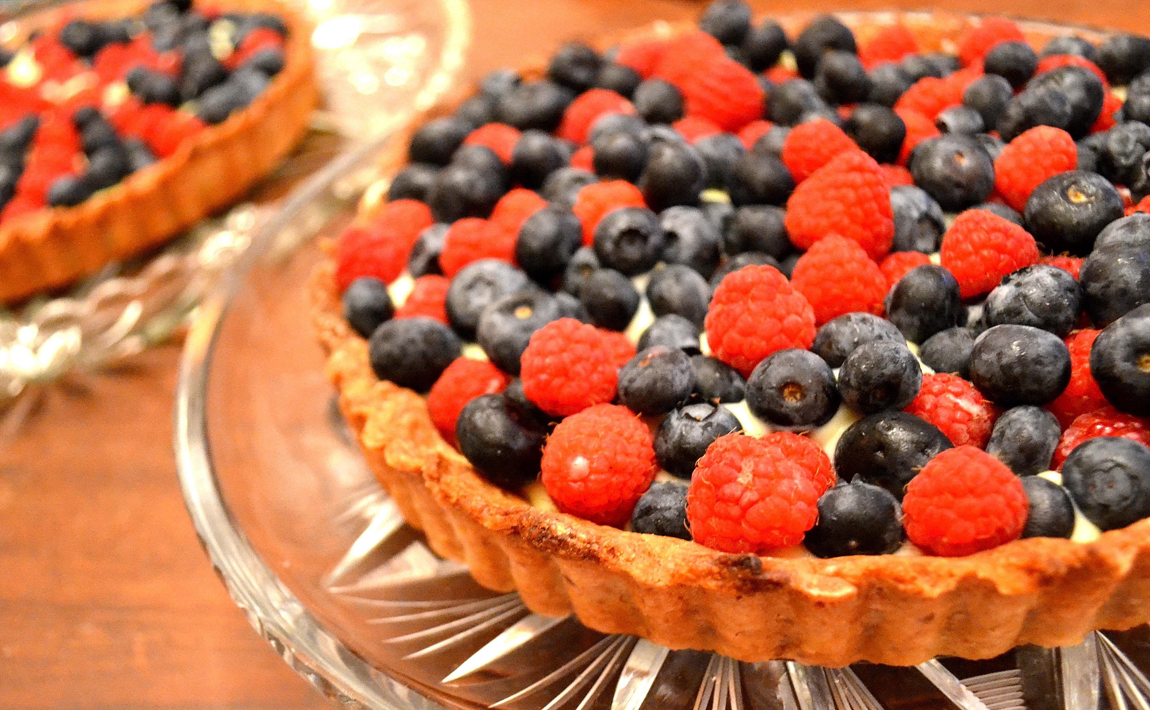 Berry Almond Custard Tarts | Susan eats London